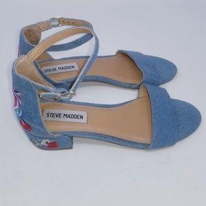 🍁 Steve Madden Floral Embroidered Sandals Sz 3
